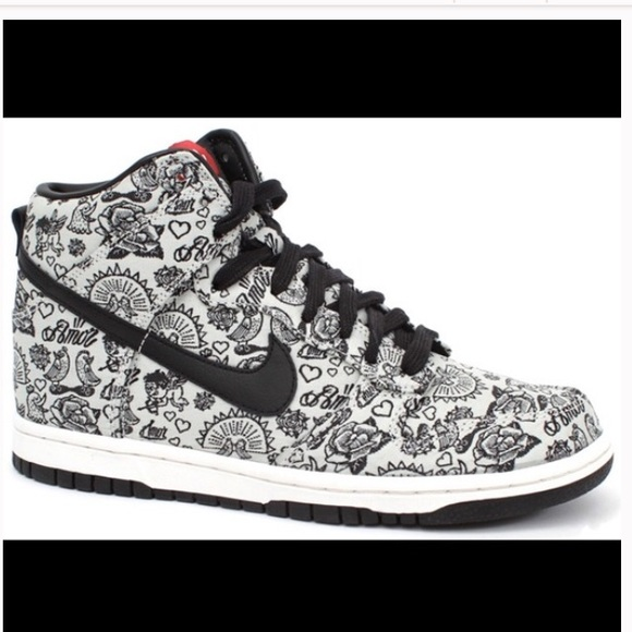 check out 49a0c f65a4 Nike Shoes | Limited Edition Womens Dunk High Amor | Poshmark